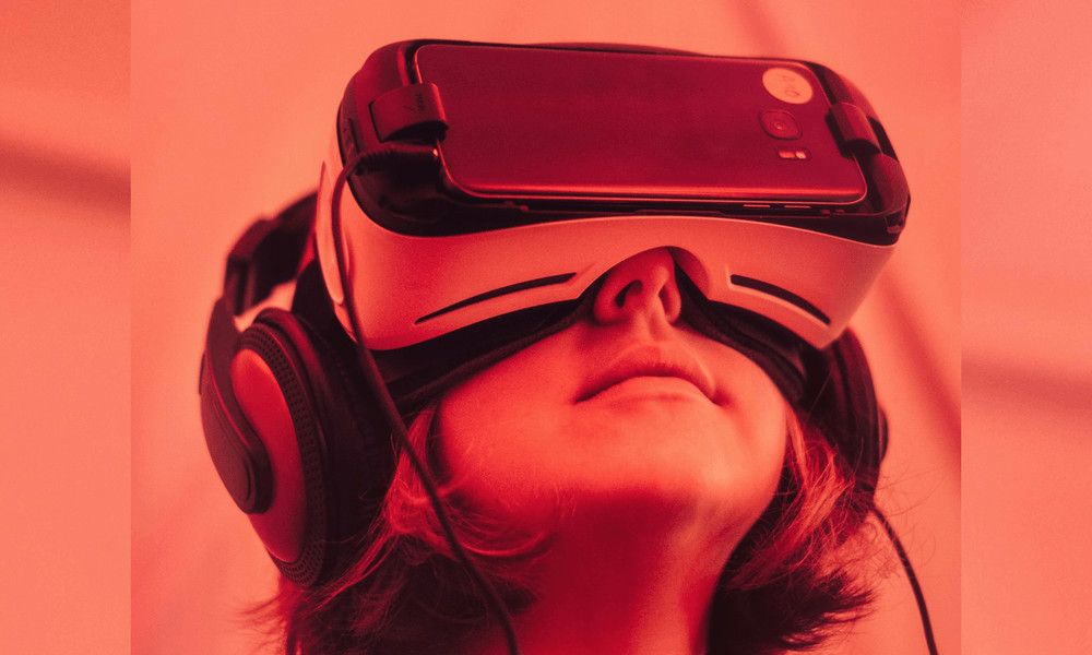 virtual-reality-future-of-dating